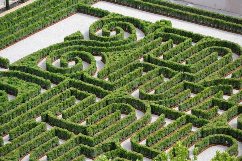 Il giardino dei sentieri che si biforcano arshake for Giardino labirinto