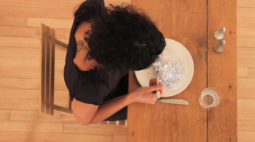 Haleh Jamali (in collaboration with Monica De Ioanni), Feed, 2012, 3'39''+7'15'', Loop, HD, stereo, color, video still 3