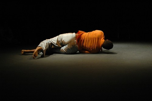 Performance-My-Possession-de-Mwangi-Hutter_Foto-de-Eduardo-Abad
