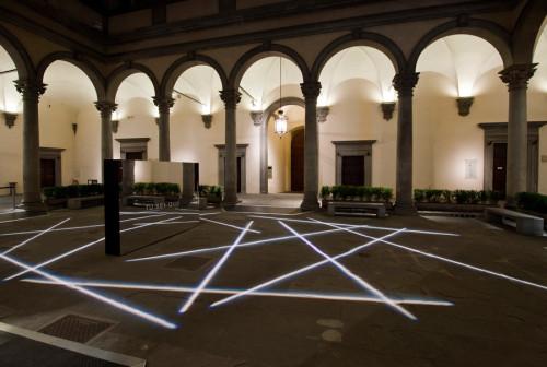 Bianco-Valente,-Tu-sei-qui,-Cortile-di-Palazzo-Strozzi,-2014-foto-Martino-Margheri-02