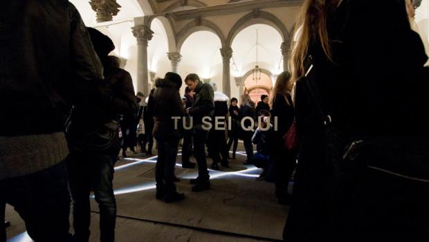 Bianco-Valente,-Tu-sei-qui,-Cortile-di-Palazzo-Strozzi,-2014-foto-Martino-Margheri-04