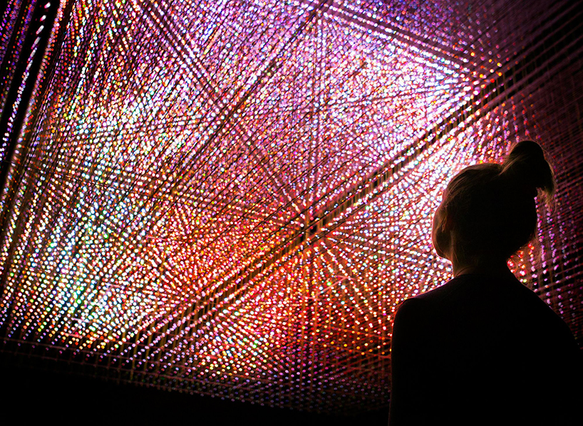 teamlab-living-digital-space-and-future-parks-pace-gallery-designboom-02
